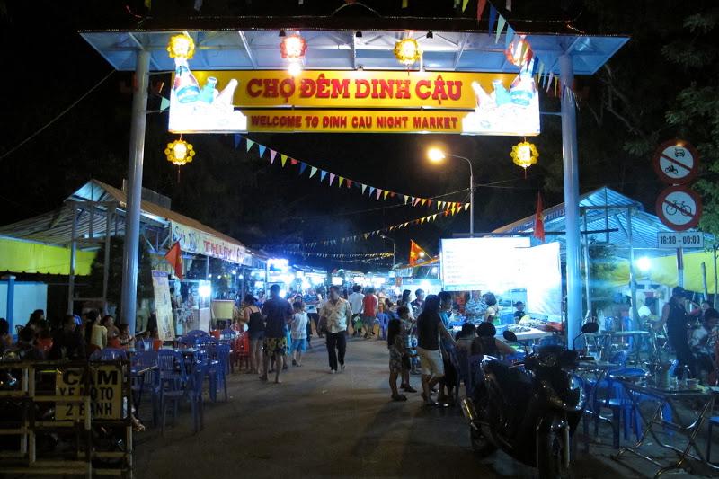 chợ đêm Dinh Cậu Phú Quốc