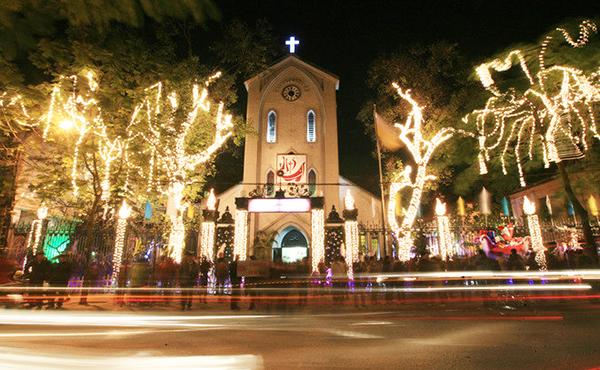 Nhà thờ Hàm Long