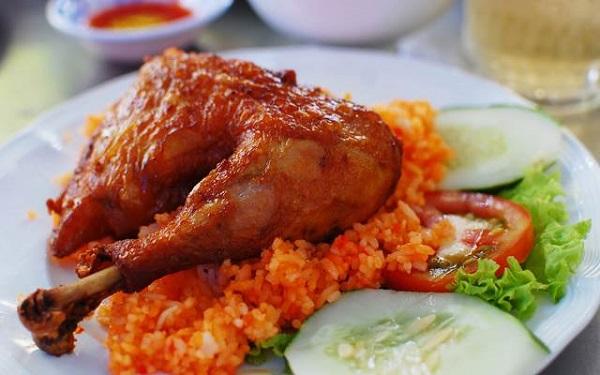 cơm gà Hồng Ngọc