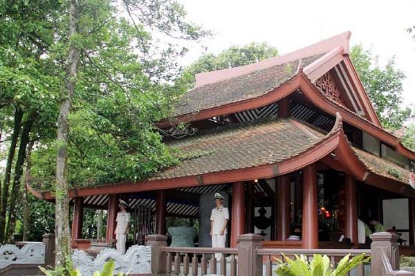 Đền thờ Chủ tịch Hồ Chí Minh