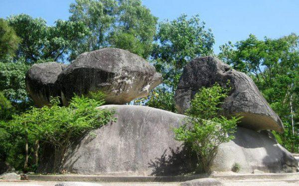 Sầm Sơn Hòn Trống Mái Sầm Sơn Thanh Hóa