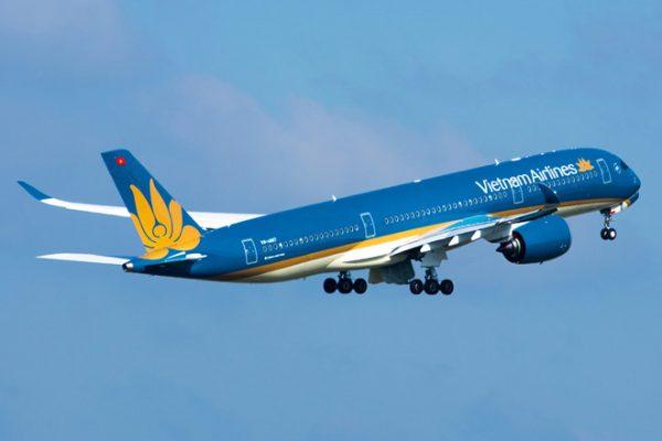Di chuyển tới Quy Nhơn bằng máy bay